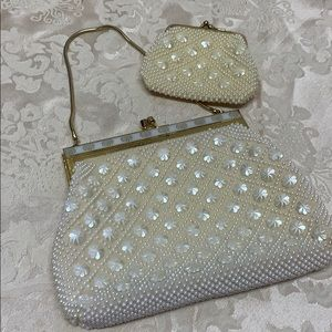 Stunning Vintage Beaded Bag w Change Purse